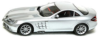 Scalextric C2632K Mercedes Benz McLaren SLR w/o packaging