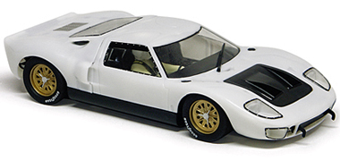 Slot It SICA18Z Ford GT40, all white