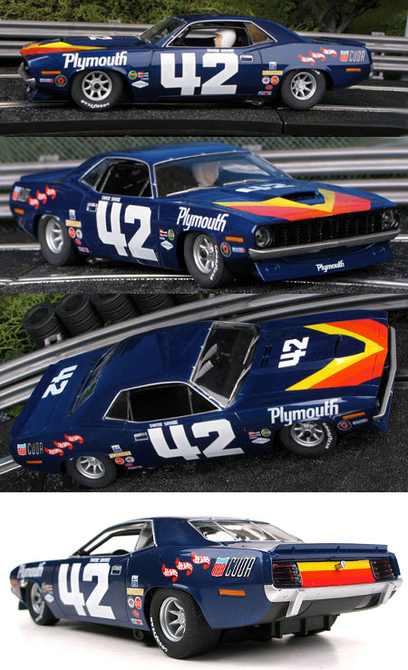 SCX 64420 1970 Barracuda TransAm car #42