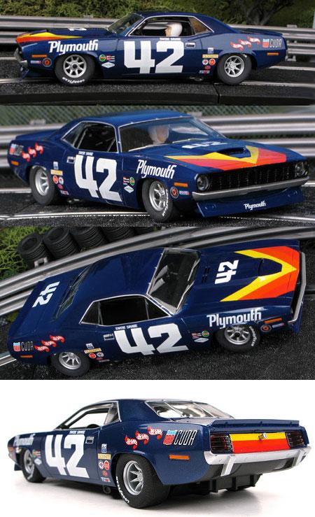 SCX 64420 1970 Barracuda TransAm car #42