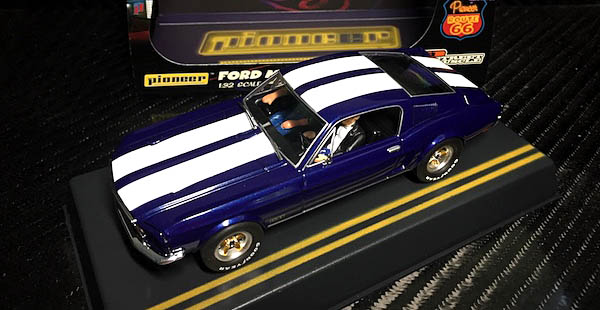 Pioneer P055 Mustang Fastback Blue/White Route 66 Edition
